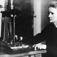 Ce nom évoque tant d'images : la femme scientifique dans son laboratoire, la travailleuse acharnée, la femme ayant gagné le […]
