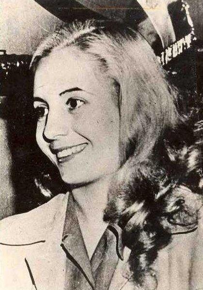 La jeune Eva, actrice en devenir