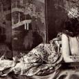 Shéhérazade est le personnage le plus important des Contes des Milles et une Nuits. Shéhérazade, grâce à ces contes racontés chaque soir à son époux le calife, sont tellement passionnants que le calife cessera, au bout de 1001 nuits, sa vengeance sanguinaire qui consistait à épousé une femme et la tuer le lendemain.